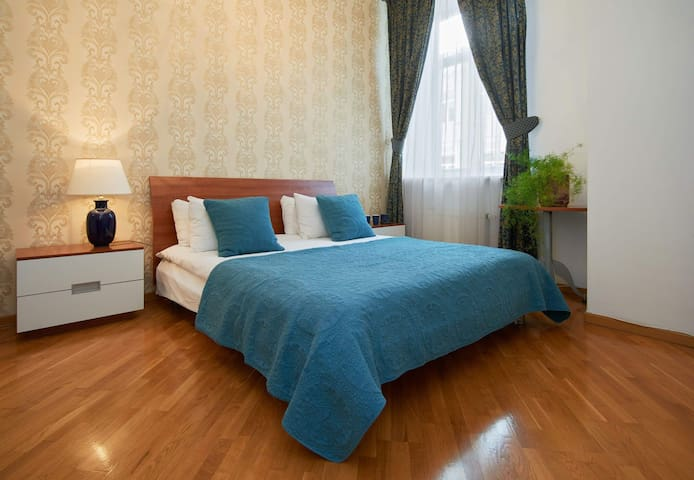 Lovely apartment near Town Hall