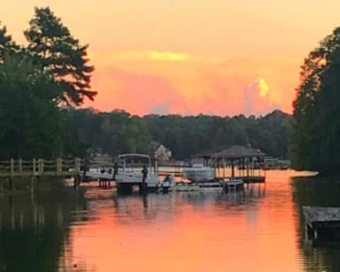 Be Still @ Still Waters Cove on Lovely Lake Norman