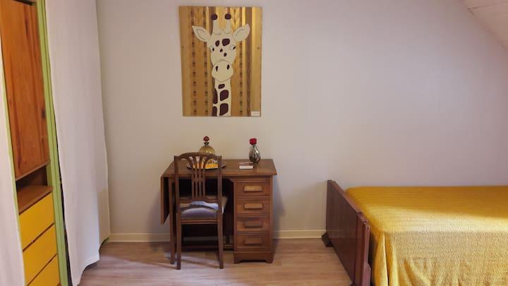 1 belle chambre twn / LeDix-bnb