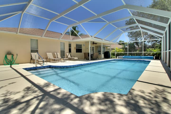 Meticulously Maintained Rotonda Pool Home