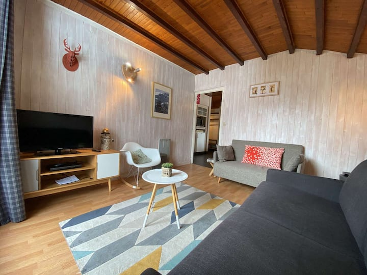 SPACIOUS 3 ROOMS WITH NICE FITTINGS