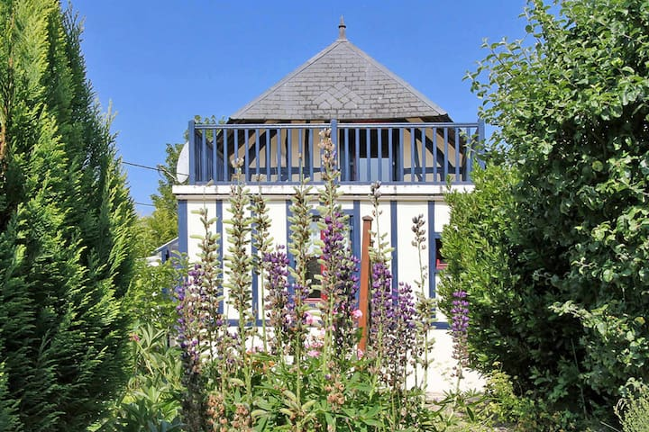 Holiday home in St. Gregoire-du-Vire - Saint Gregoire-du-Vievre - Hus