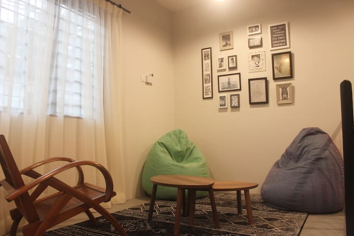 Nearby PWTC, Sunway Putra Mall- 3 Pax Private Room