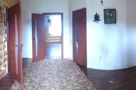 Деревянный дом - Khanty-Mansiysk