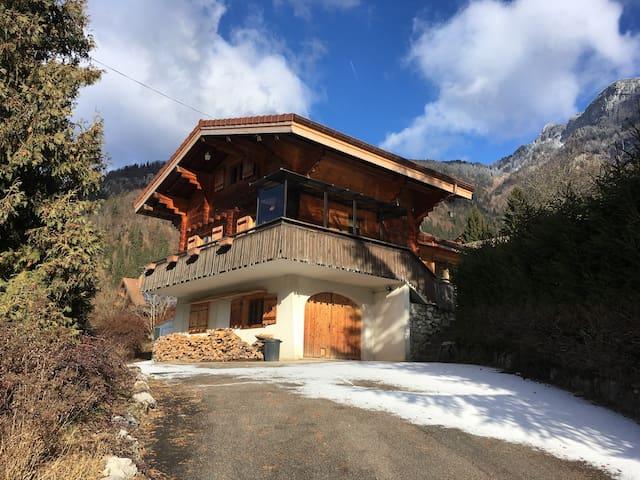 Chalet Tête Blanche - quiet Alpine retreat - Le Petit-Bornand-les-Glières - Chalet