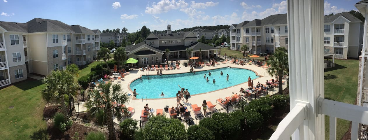 Pool View—Private Master Suite—15 Mins to Beach - Wilmington - Daire