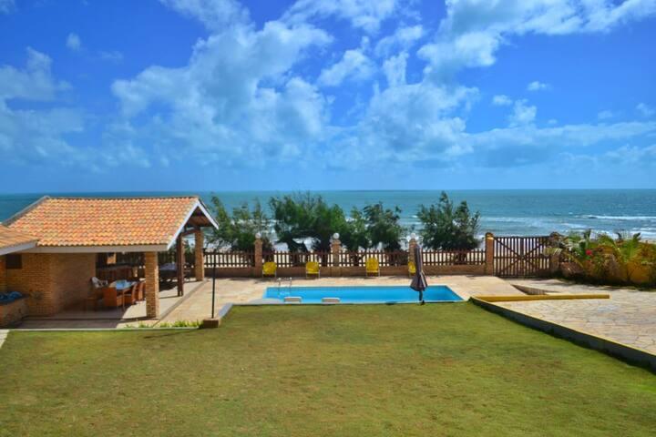 Casa de Praia Beira Mar Alto Padrão