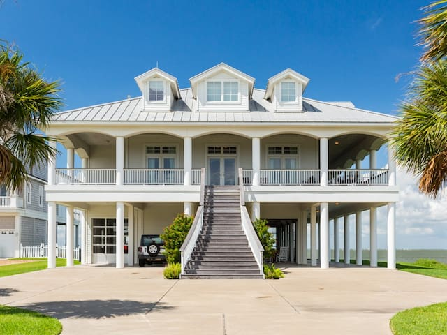 Right on the Bay with Private Dock - Galveston - Huis