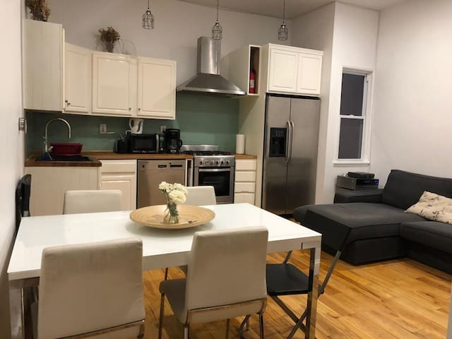 Clean and renovated apartment