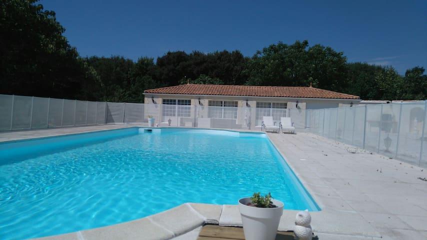 Maison de vacances/ hollyday's home - Salles-sur-Mer - Talo