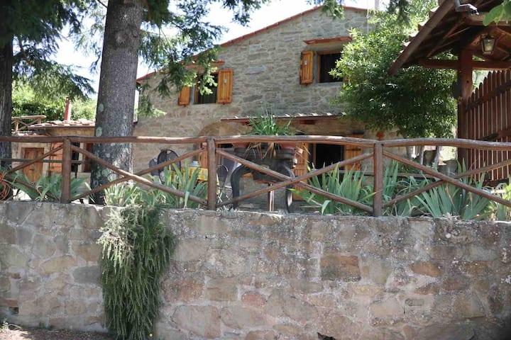 Deliziosa casa di montagna, Toscana