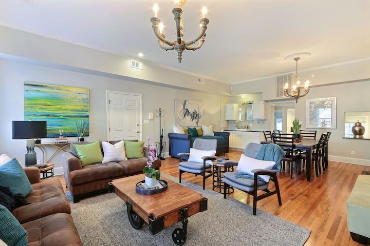 Stayloom's Bright Historic Home | HistoricDistrict