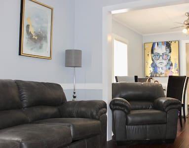Cozy 2-bedroom home on quiet street in Ewing NJ