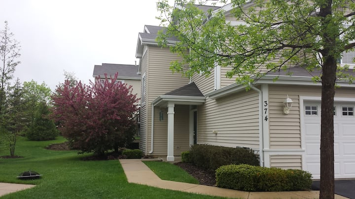 Spacious fully furnished well maintained town home