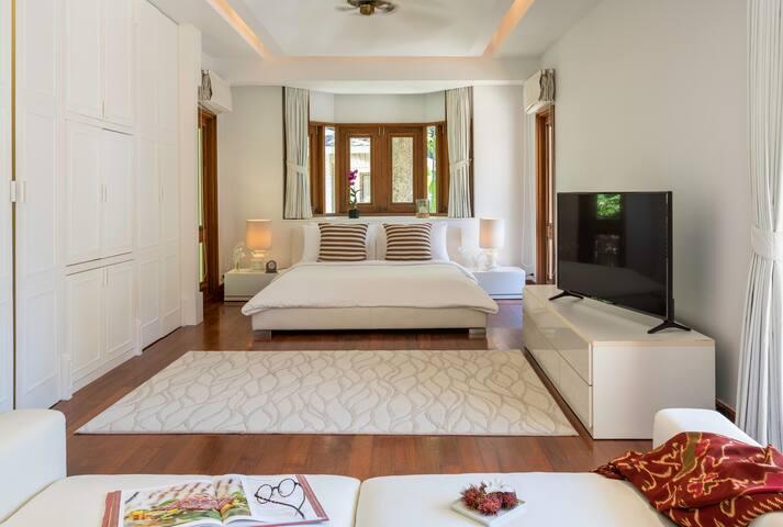 Villa Macaque Luxury Junior Suite 2