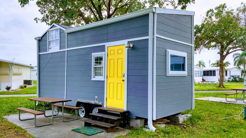 1st Tiny House near Fort Myers Beach and Sanibel!