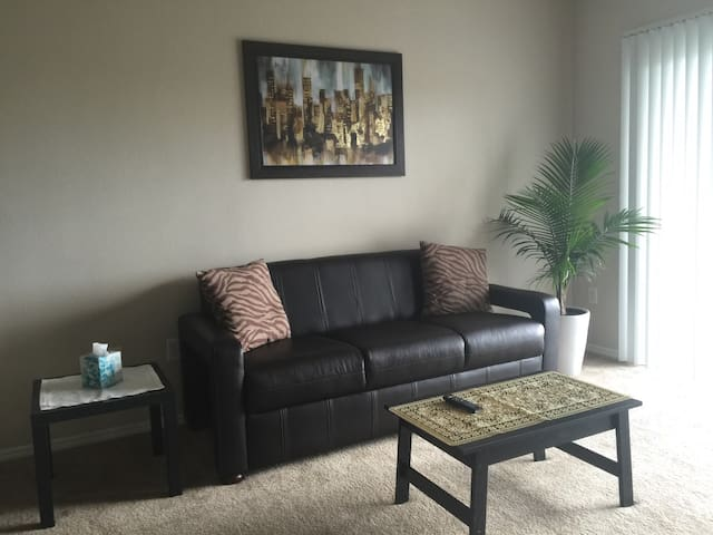 Apt/condo 15 min from Galleria - Houston - Apartemen