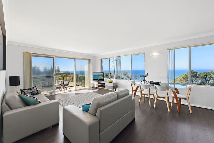 Shelly Beach 2B/rm Unit with Stunning Ocean Views