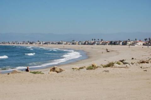 Spanish Charmer Near a Quiet Beach - Sleeps 5