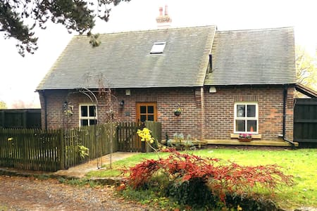 Pine Tree Lodge, Bridgnorth - Oldbury