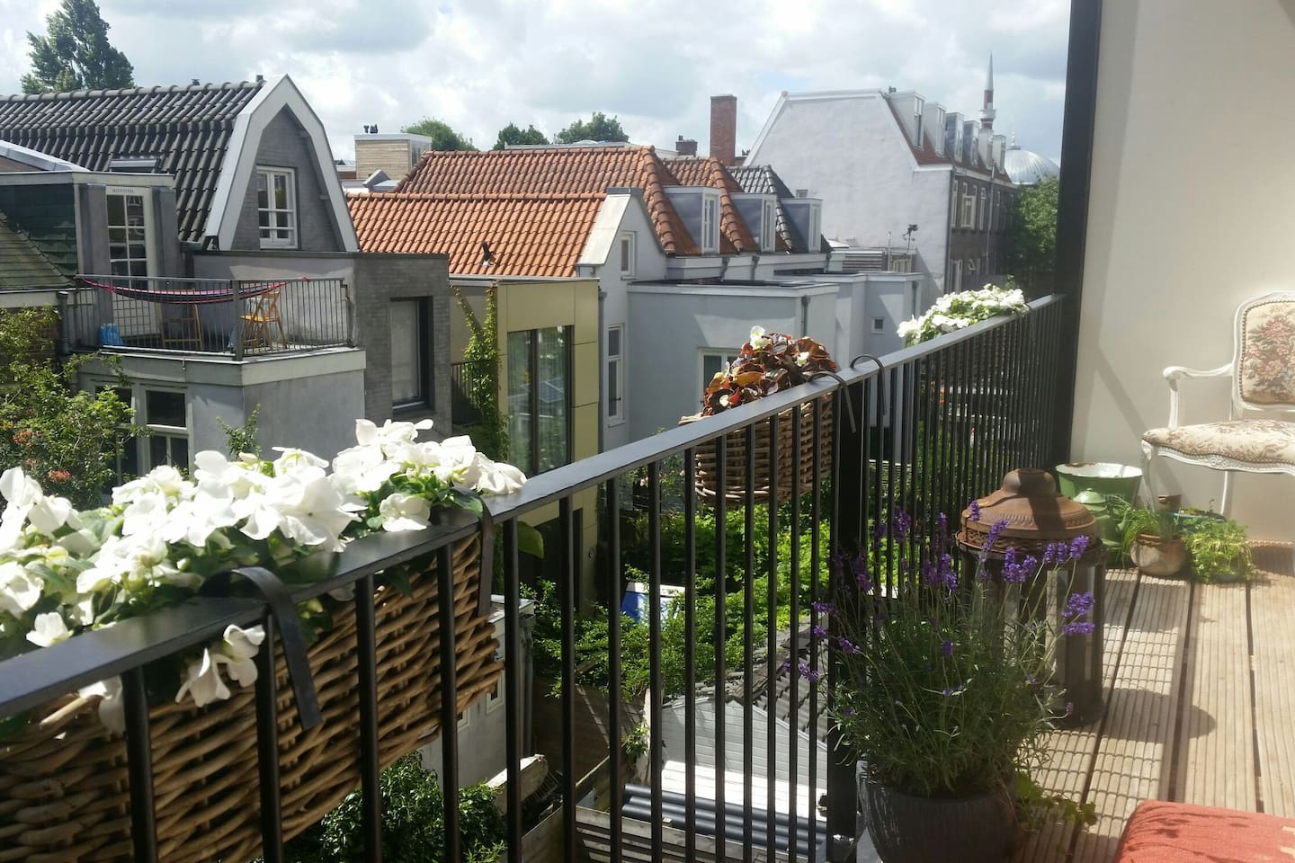 Our spacious Amsterdam garden (ok...., a balcony :) Green in summer, cold in winter, but always nice to be outside.