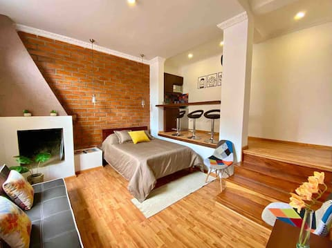 Suite con chimenea, cómoda y bien ubicada