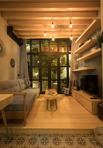 Cozy Architect Loft in the heart of Beirut