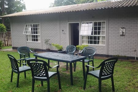 Kim's Cottage - Harare