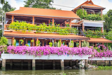 Charming riverside home opposite Koh Kret - Tambon Tha It