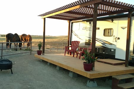"Sunset Ranch: A true ""glamping"" experience!"