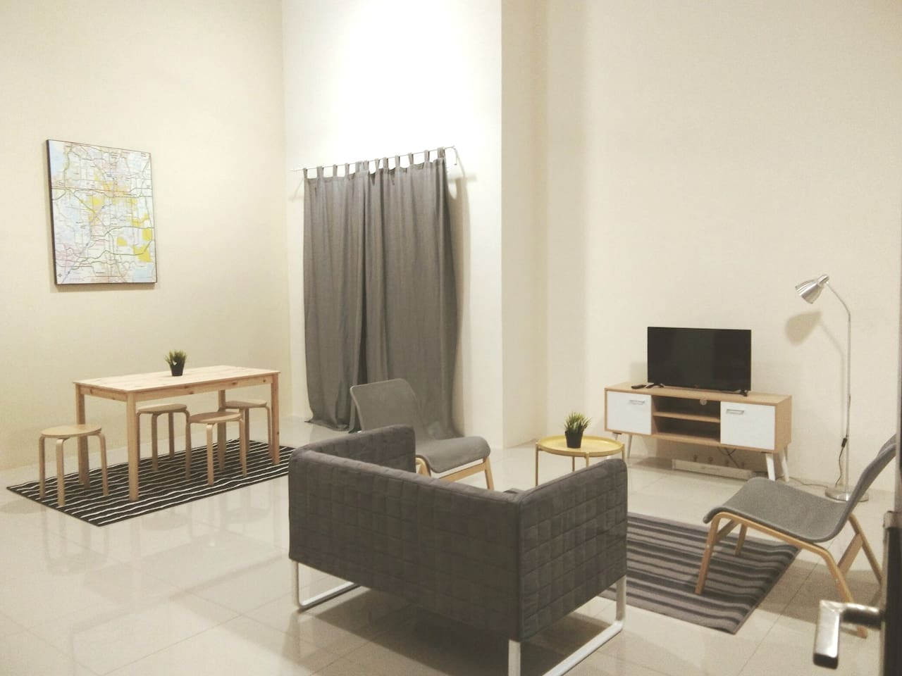 Spacious living hall for family chit chat & get along