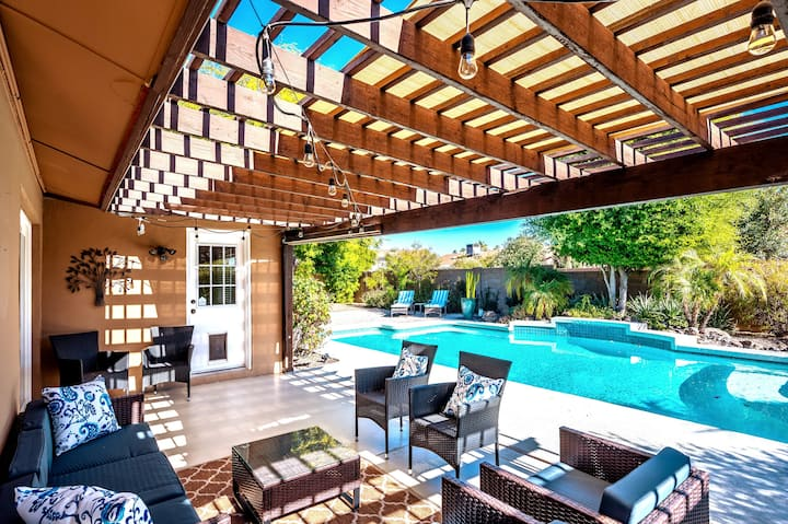 **Scottsdale Home / Pool & Patio / Near Old Town**