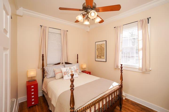 Maison Etoile Bedroom
