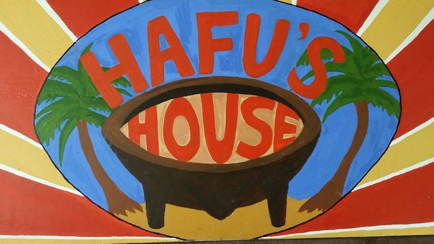 Twin room- Hafu's House backpackers - Nuku'alofa