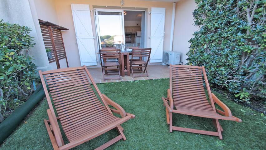 Appartement T2 - 4 personnes - Piscine résidence - WiFi - Climatisation - Sainte-Maxime