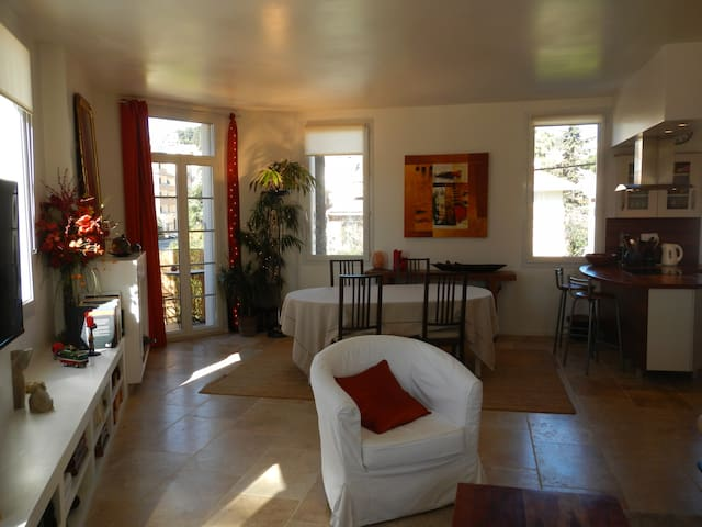 cosy bedroom with breakfast - Hyères - Bed & Breakfast