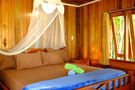 Maratua Guesthouse on Maratua Island