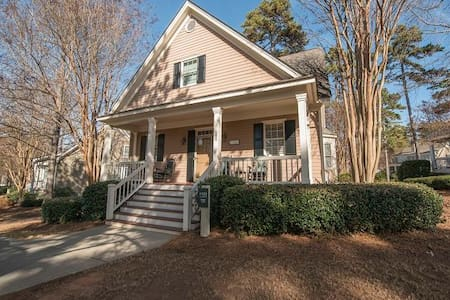 Treetop Lodge - Greensboro