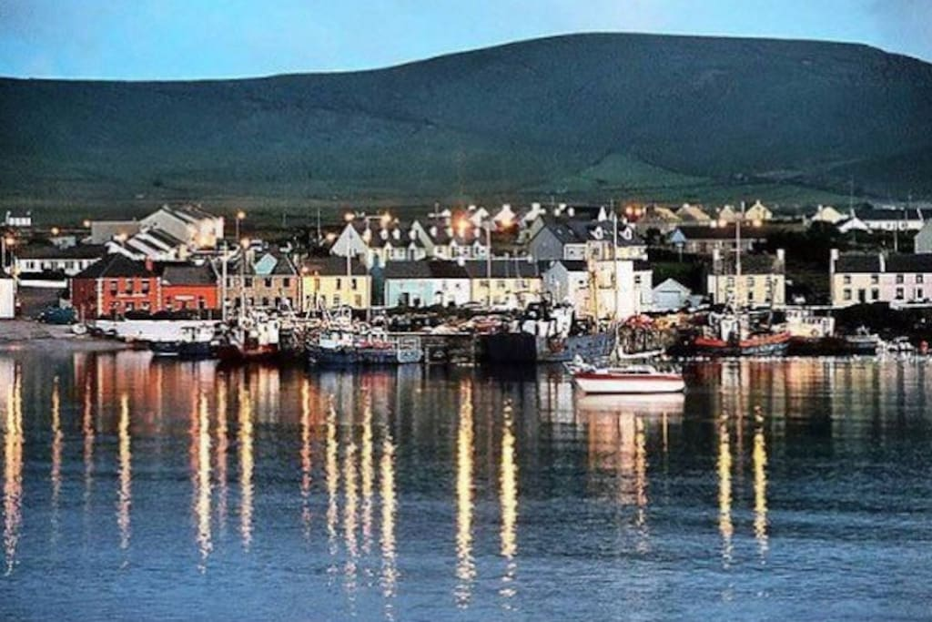 Portmagee village just 2kms where the boats leave for the Skelligs Rock.