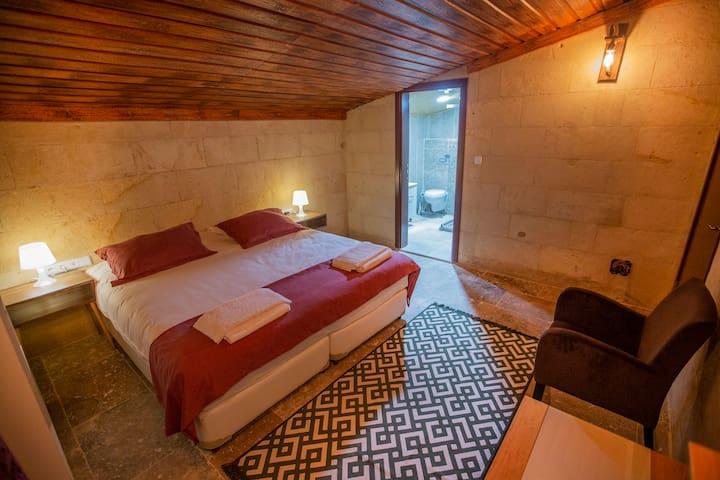 Cappadocia budget loft room inc.breakfst