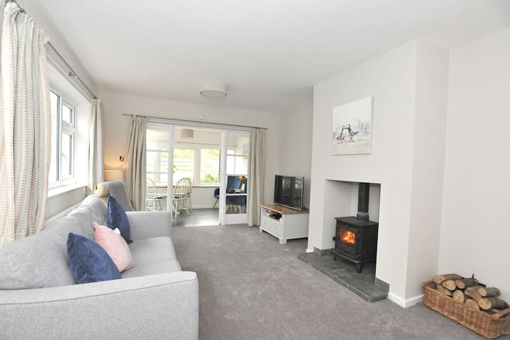 Marram Cottage, 3 bedroom beach house, Beadnell