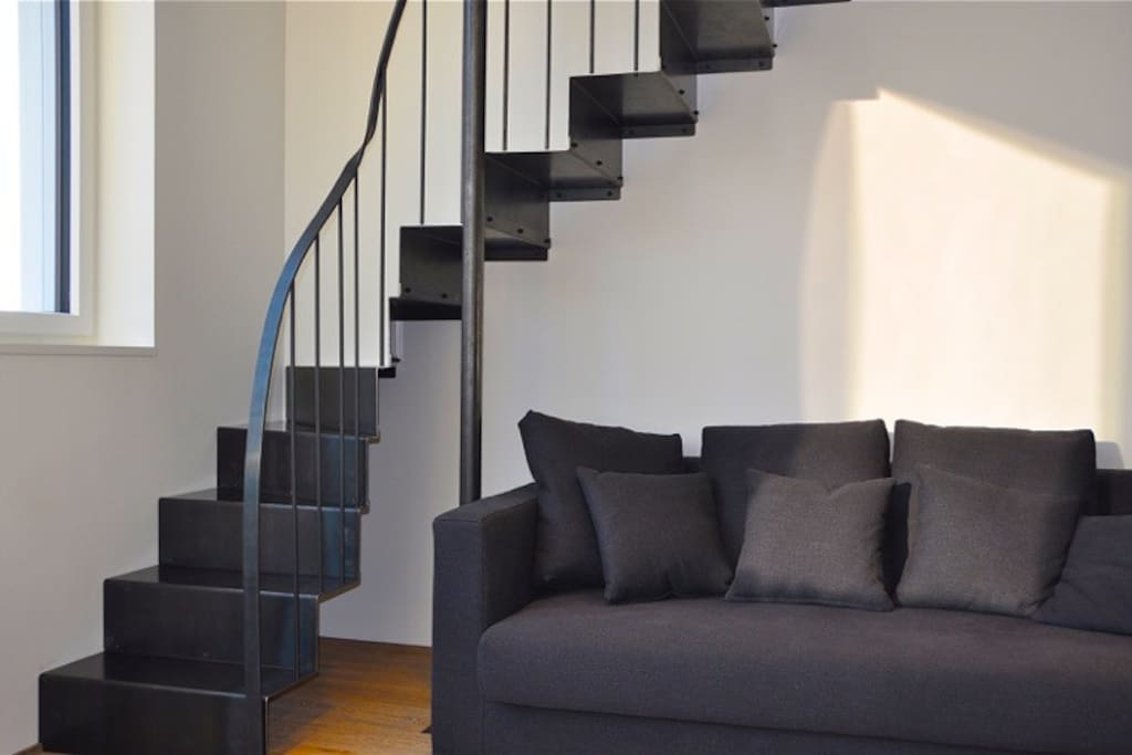 It's possible to make a big double bed out of the sofas. Here are the stairs up to the big bed...