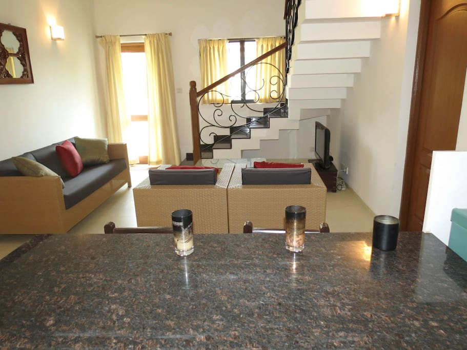 Apartment 04  Spacious luxurious 2 bedroom serviced apartment    WiFi photo 19030840
