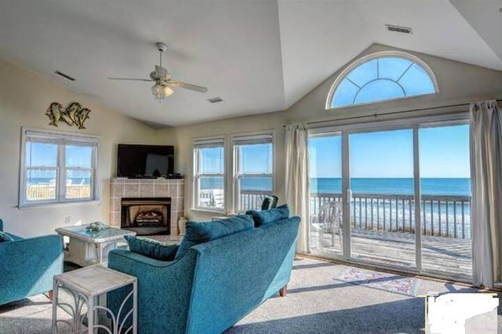 OCEANFRONT HOME QUIET LOCATION 4 BDRMS VIEWS! - North Topsail Beach