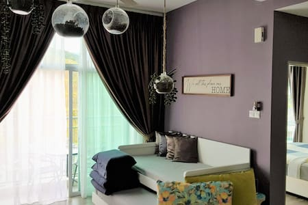 G Residence-Deluxe Studio Apartment@Golden Hills