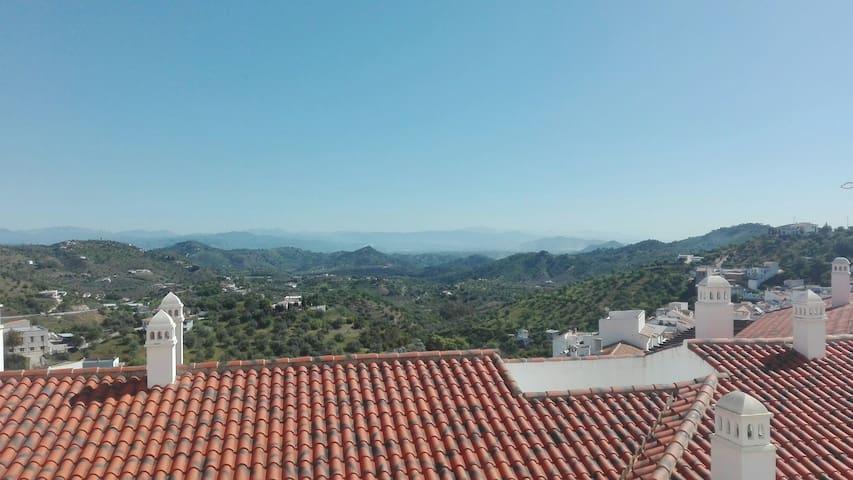 Habitación cerca de Marbella - Guaro - Byt