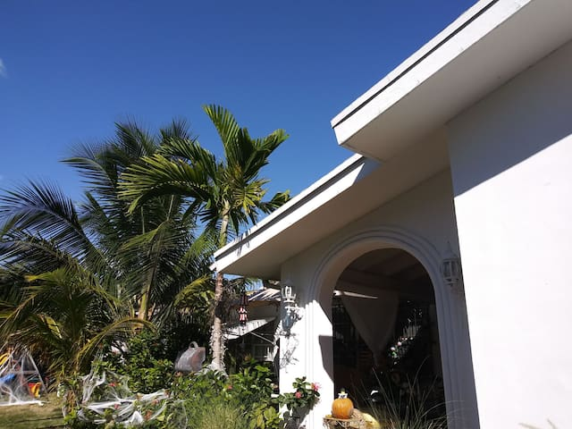 Private secluded/Beach House KEY BISCAYNE Beaches