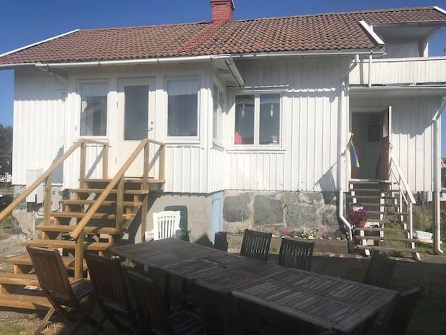 Charming summerhouse at lovely Käringön