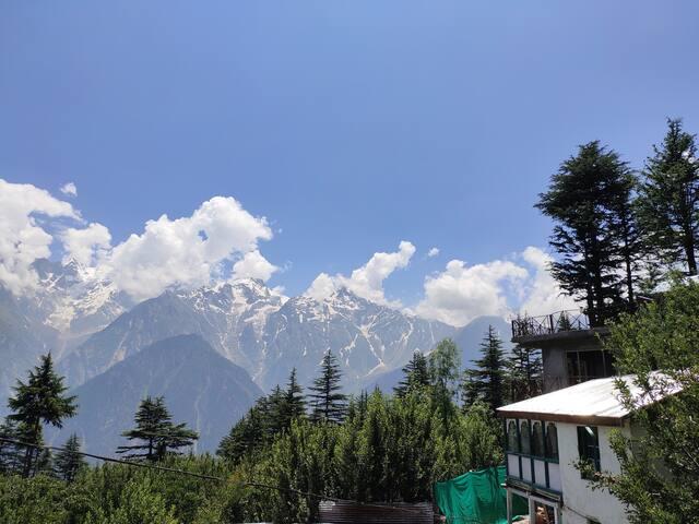 2 Bedroom | Amazing View | Magical Kalpa