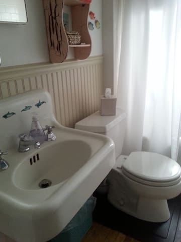 full bathroom, shared with hosts and guests